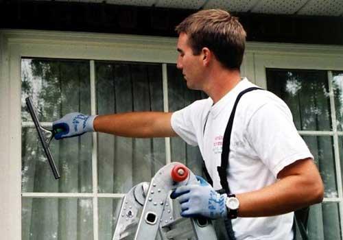 window cleaning Maple Ridge